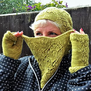 Bouquet Cowl