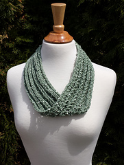 Dew_drop_lace_cowl_small
