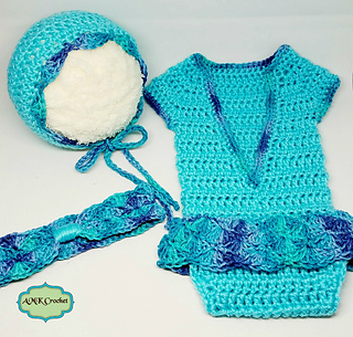 Blue_outfit_3_small2