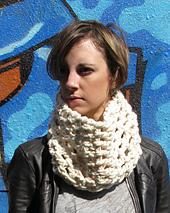 Super_sonic_crochet_cowl_snowy_owl_1_small_best_fit