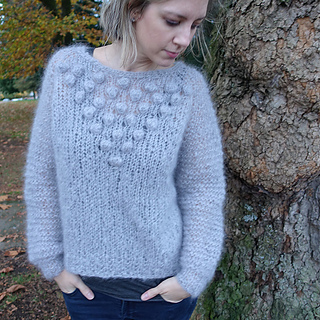 Peppercorn_pullover_the_crafty_jackalope_4_sized_small2