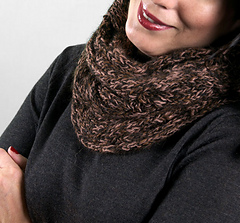 Scarves_cedarwaxwingcowl1_small