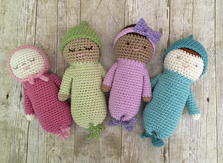 Ravelry baby doll set pattern by amy gaines dt1010fo