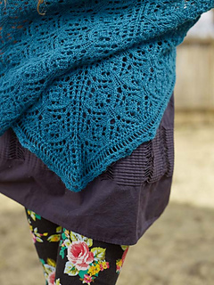 Beck_shawl__1__small2