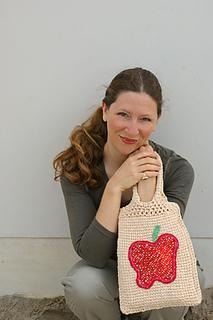 Crochet-apple-purse-1_small2
