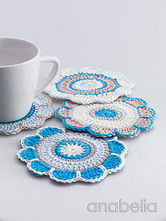 Spring-flowers-coasters-cold-colours-4_small2