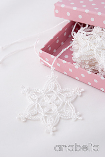 Crochet-snowflakes-garland-nr-2-5_small2