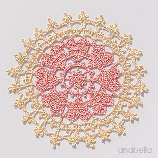 3_crown-of-hearts-doilies-5_small2