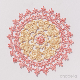 4_crown-of-hearts-doilies-6_small2