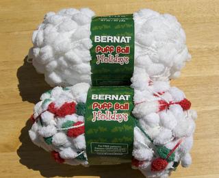 Bernat_puff_ball_whites_small2