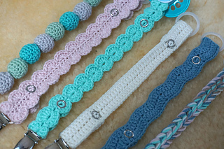 Ravelry Hekla Smokkesnorer Crochet Pacifier Clips Pattern By Salto