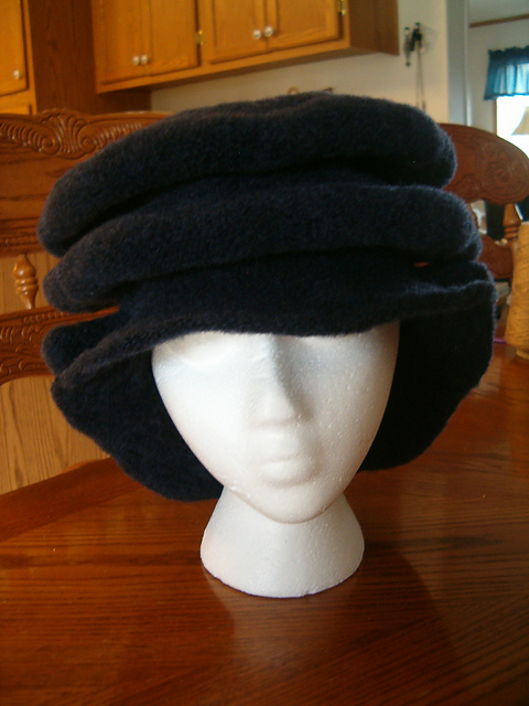 Ravelry: Split Brim Tudor Hat pattern by Anne DesMoines