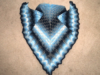 Blue_pretty_triangle_small2