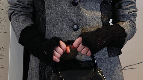 Renee_gloves_1_medium