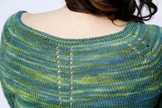 Amya_close_back_and_shoulders_small2