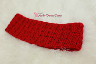 Ravelry: Addison Cowl pattern by Ashley Leither