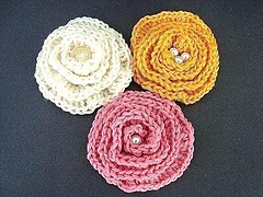 Big-elegant-brooch-flower-crochet-pattern_small