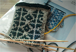 Icywatermitts2_small2