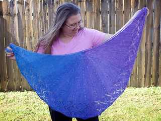Liliana_s_diamonds_full_shawl_small2