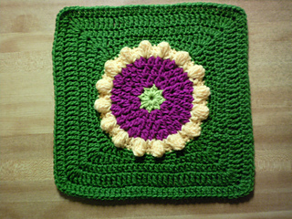 Clue__6_sunburst_afghan_square_small2