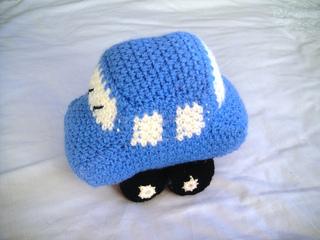 Crochet_car_plush_toy_small2