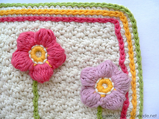 A_little_flower_garden_dishcloth_flowers_and_slip_stitches_lookatwhatimade_small2