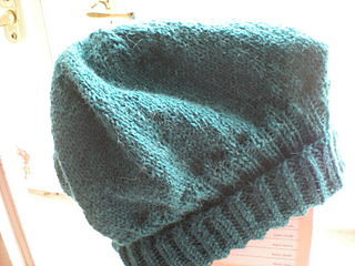 Basic_slouchy_hat_in_teal_alpaca2_small2