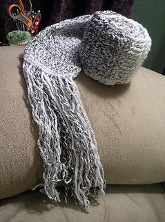 Dec_22_11_salt_pepper_scarf_007_small2