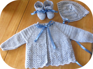 Baby_boy_layette_small2