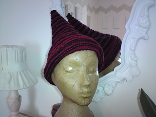 Dennis_hat_002_small2