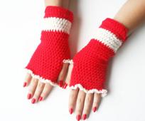 Christmas-fingerless-mitten14_small_best_fit
