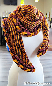 Knitting-pattern-shawl-golden-snitch-6_small_best_fit