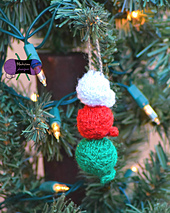 Yarn_ball_ornament1wm_small_best_fit