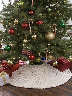 ravelry winter wonderland tree skirt pattern by lorna miser - Small Christmas Tree Skirts