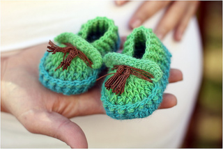 Crochet_baby_shoes_loafers_small2