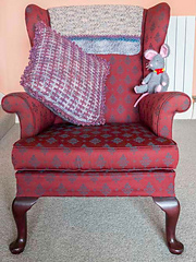 S_chair_back_small