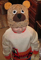 Elliot_in_bear_hat_small_best_fit