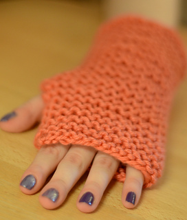 Ravelry: Easiest Possible Fingerless Gloves with Straight