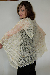 Angelwing_shawl_small_best_fit