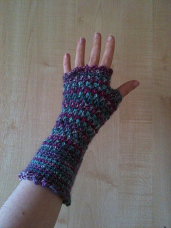 2012_04_14_purple_mitts_2_small2