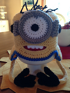 Minion_hat2_small2