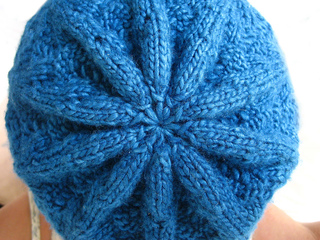 Nordic_lace_hat2_small2