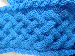 Chunky_celtic_cable_pattern_small