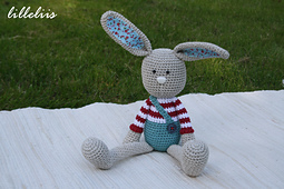 Crochet_toy_patterns_bunnies_small_best_fit