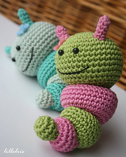 Amigurumi_caterpillar_rattle__1__small2