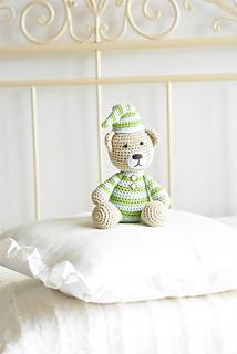 Pajamas_teddy_bear_pattern_small2