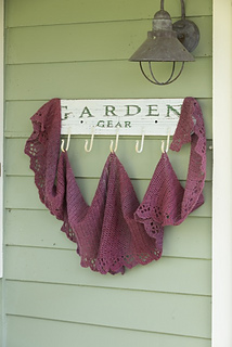 Amagansett_shawl_lower_res1_small2