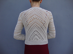 Crochet_jacket_-_triangle_and_diagonal_pattern_small