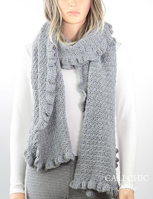 Ravelry: Laila Ruffle Scarf #815 pattern by Kyoko - Cali Chic