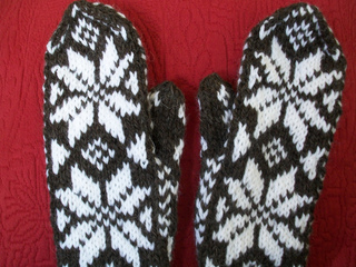 German_mittens_001_small2